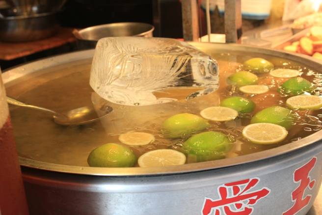 Ai yu (love jade) jelly, made from the seeds of a kind of fig. The drink is sweet, refreshing, and lemony.